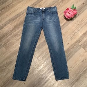 Kenneth Cole Reaction Crop Jeans